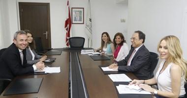 5fd11eeb43a3b التقى وزير الاقتصاد والتجارة منصور بطيش سفير بريطانيا في لبنان كريس رامبلينغ